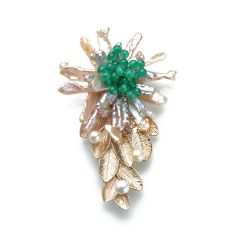 Baroque Pearls Round Green Jade Golden Metallic Leaves Handmade Brooch
