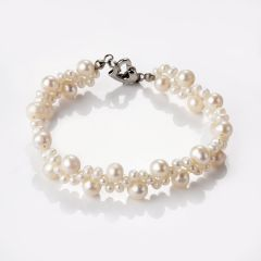 Trendy Hand Woven Freshwater Pearl Bracelet with alloy heart-shaped clasp Bridesmaids Jewelry
